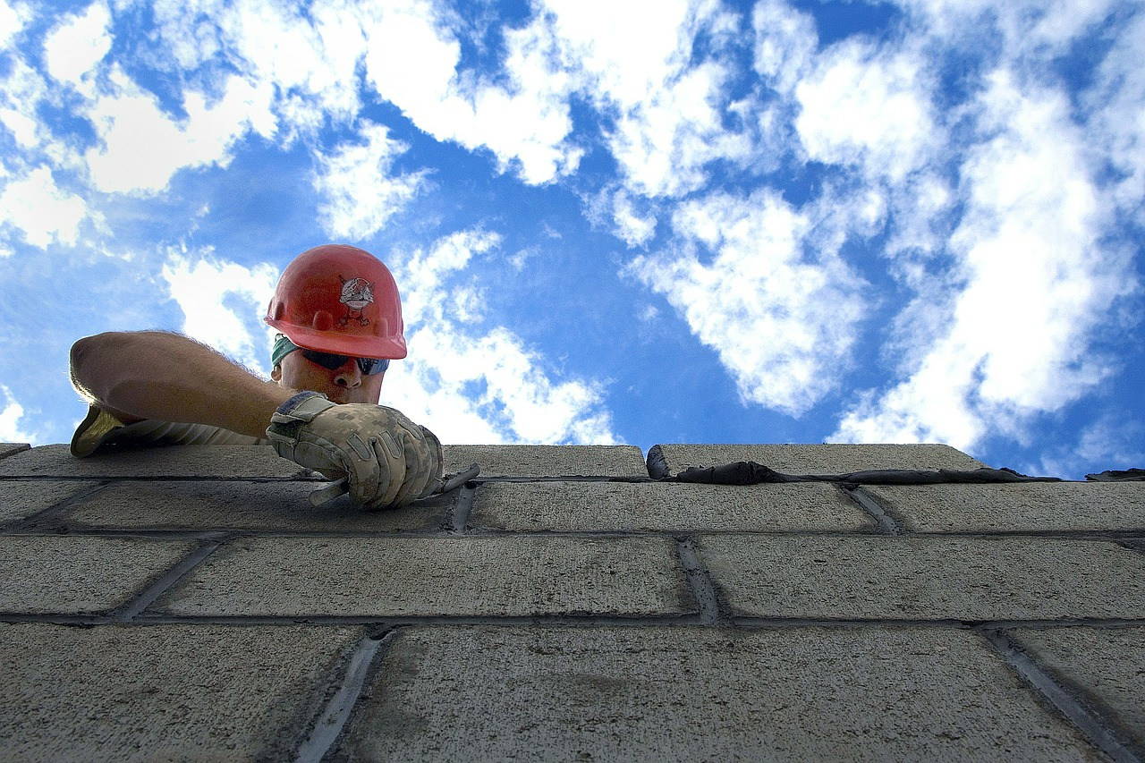Construcción reformas y albañilería Luis Miguel Vela